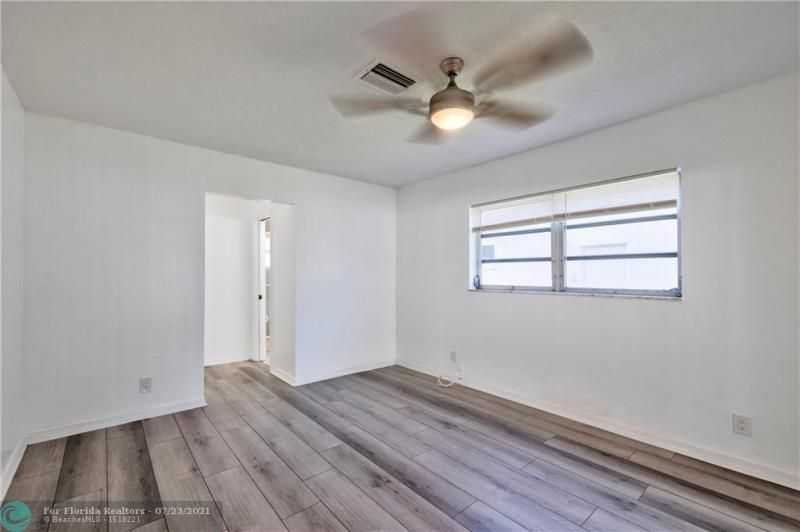 Cathedral Square 76-33 B for Sale - 1541 NW 63rd Way, Margate 33063, photo 31 of 53