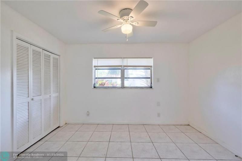 Cathedral Square 76-33 B for Sale - 1541 NW 63rd Way, Margate 33063, photo 33 of 53
