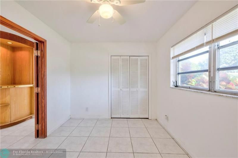 Cathedral Square 76-33 B for Sale - 1541 NW 63rd Way, Margate 33063, photo 34 of 53
