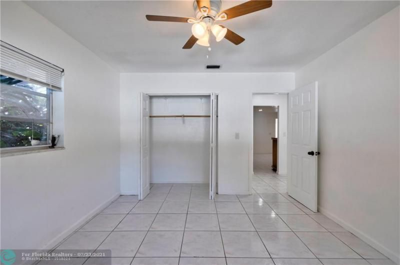 Cathedral Square 76-33 B for Sale - 1541 NW 63rd Way, Margate 33063, photo 36 of 53
