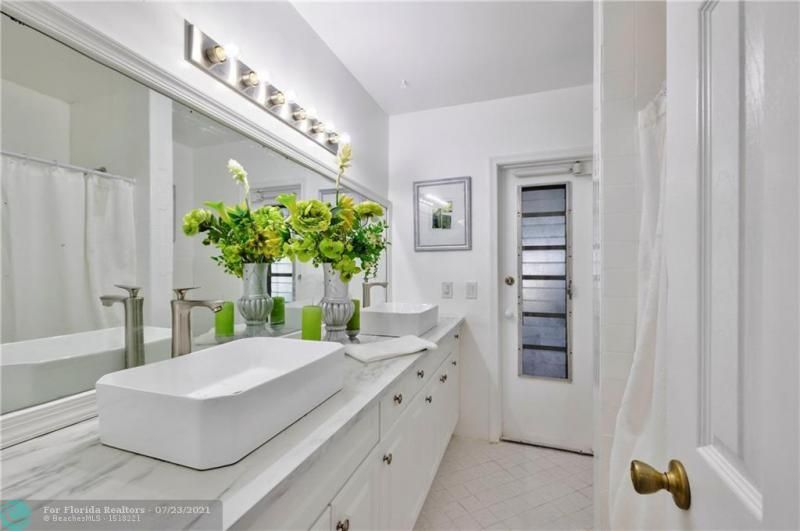 Cathedral Square 76-33 B for Sale - 1541 NW 63rd Way, Margate 33063, photo 37 of 53