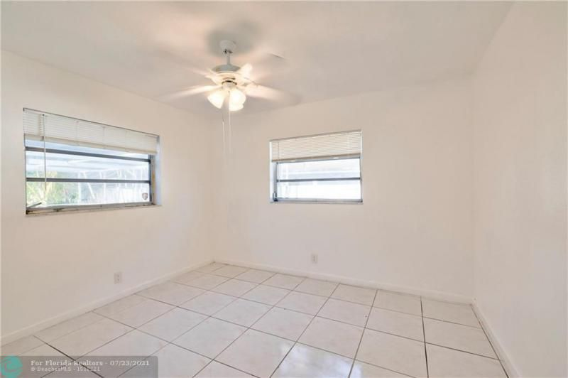 Cathedral Square 76-33 B for Sale - 1541 NW 63rd Way, Margate 33063, photo 38 of 53