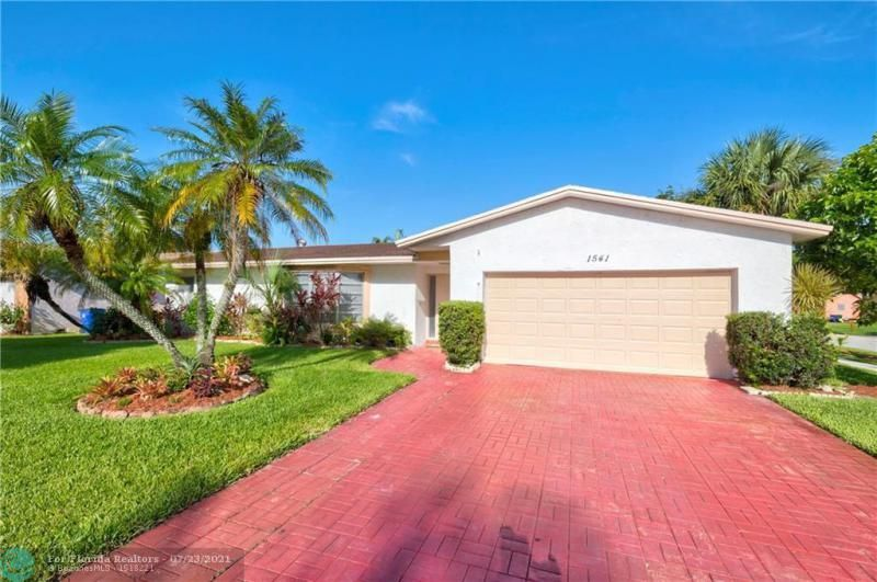 Cathedral Square 76-33 B for Sale - 1541 NW 63rd Way, Margate 33063, photo 4 of 53