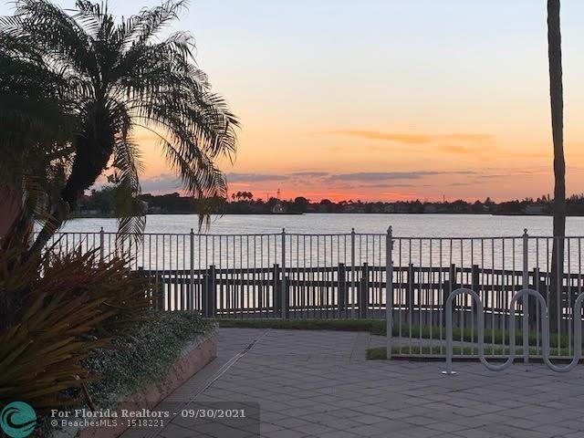 Coral Bay Parcels I West for Sale - 6401 Harbor Bnd, Margate 33063, photo 24 of 28