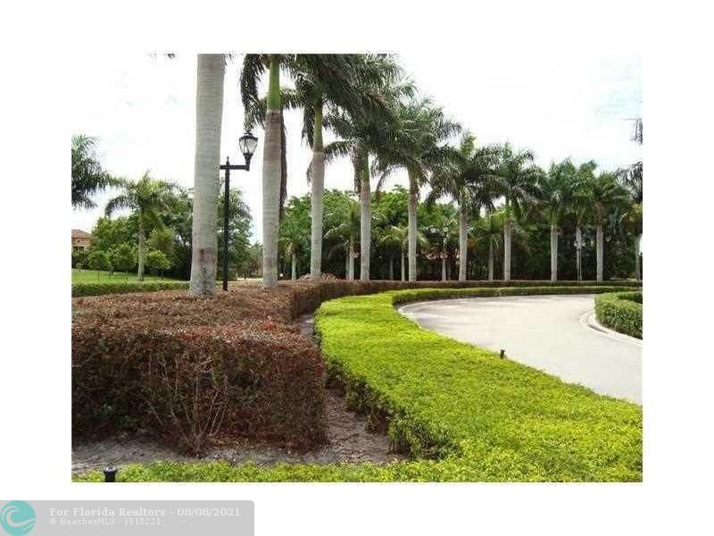 Heron Preserve for Sale - 6013 NW 118th Dr, Unit 6013, Coral Springs 33076, photo 3 of 7