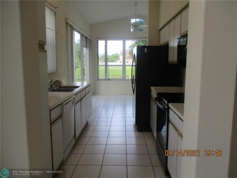 Montara for Sale - 3014 Marion Ave, Margate 33063, photo 4 of 11