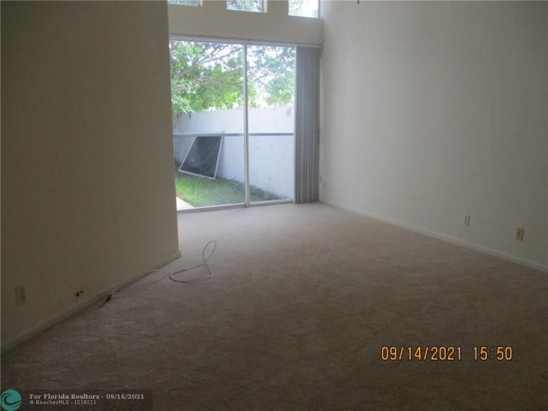 Montara for Sale - 3014 Marion Ave, Margate 33063, photo 6 of 11