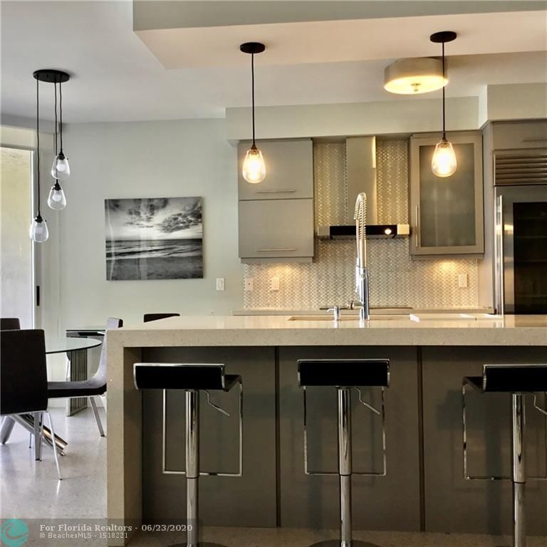 L'Hermitage for Sale - 3200 N Ocean Blvd, Unit F-1105, Fort Lauderdale 33308, photo 4 of 17