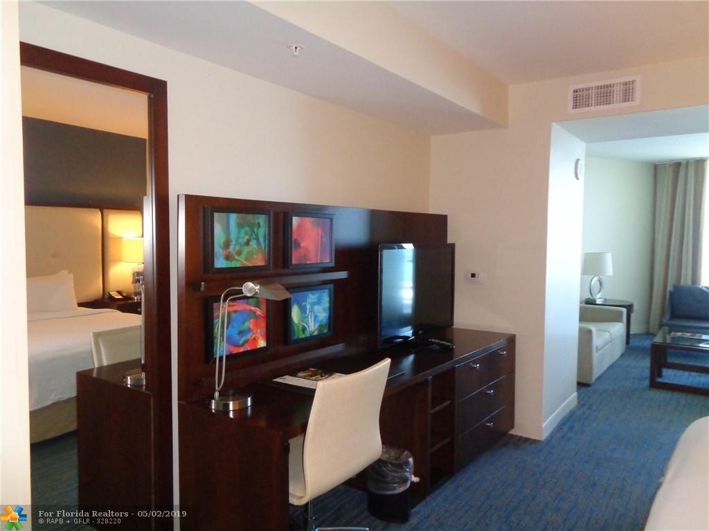 Q Club for Sale - 505 N Fort Lauderdale Beach Blvd, Unit 1704, Fort Lauderdale 33304, photo 9 of 22