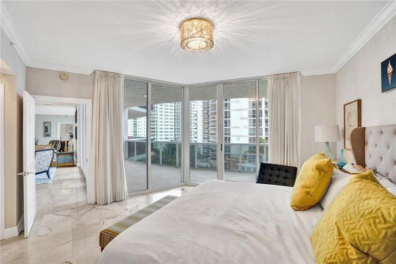 L'Hermitage for Sale - 3100 N Ocean Blvd, Unit 803, Fort Lauderdale 33308, photo 11 of 25