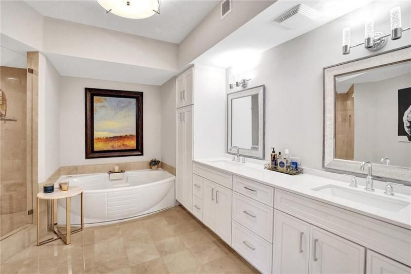 L'Hermitage for Sale - 3100 N Ocean Blvd, Unit 803, Fort Lauderdale 33308, photo 14 of 25