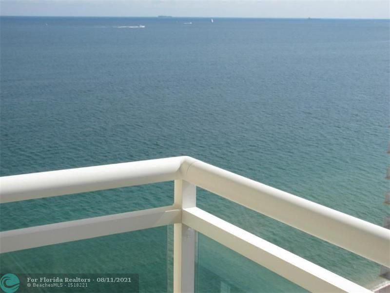 Playa Del Mar for Sale - 3900 Galt Ocean Dr, Unit 1802, Fort Lauderdale 33308, photo 34 of 46