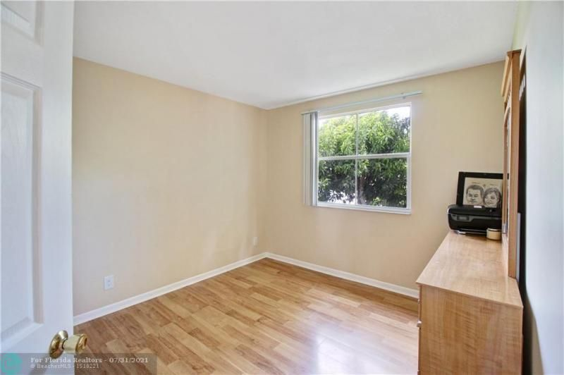 Coral Bay Prcl G 140-18 B for Sale - 6702 Bayfront Dr, Margate 33063, photo 16 of 25