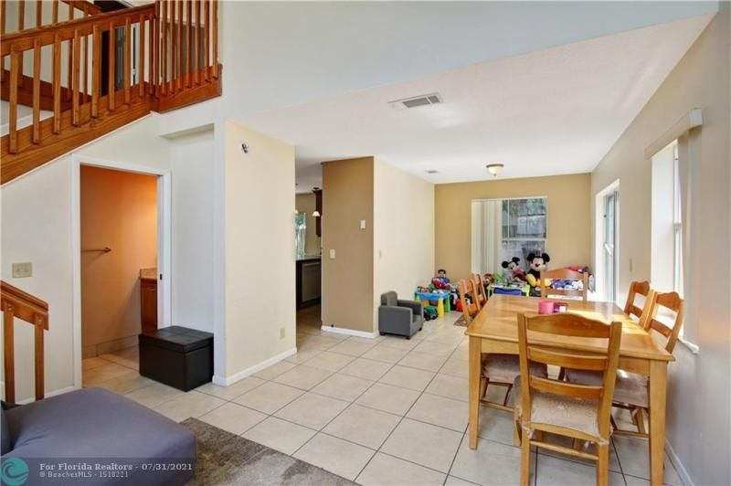 Coral Bay Prcl G 140-18 B for Sale - 6702 Bayfront Dr, Margate 33063, photo 4 of 25