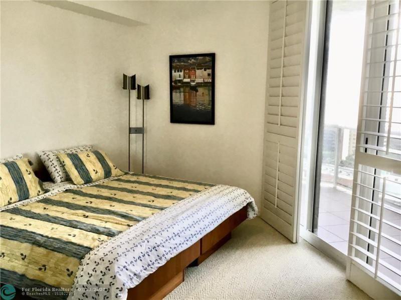L'Hermitage for Sale - 3100 N Ocean Blvd, Unit 1607, Fort Lauderdale 33308, photo 11 of 14