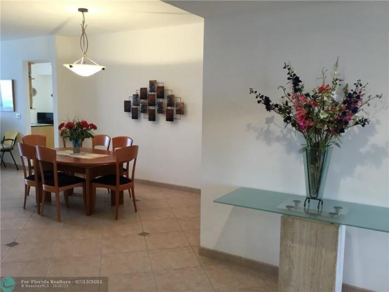 L'Hermitage for Sale - 3100 N Ocean Blvd, Unit 1607, Fort Lauderdale 33308, photo 8 of 14