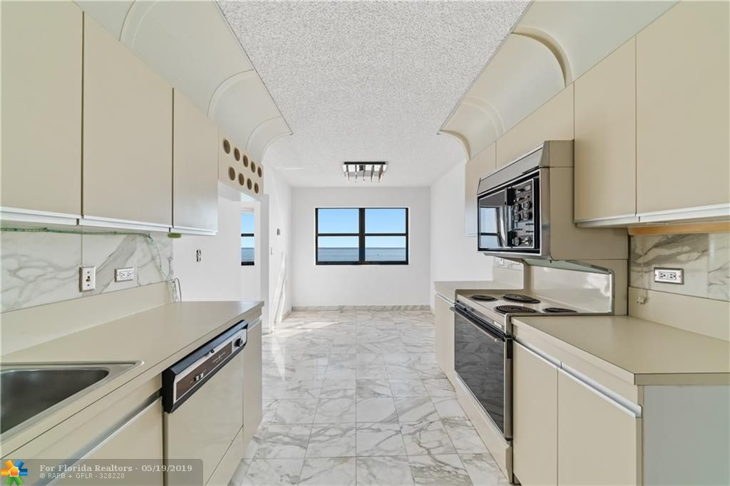 Summit for Sale - 1201 S Ocean Dr, Unit 1801S, Hollywood 33019, photo 15 of 36