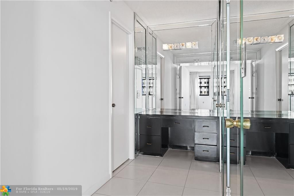 Summit for Sale - 1201 S Ocean Dr, Unit 1801S, Hollywood 33019, photo 18 of 36