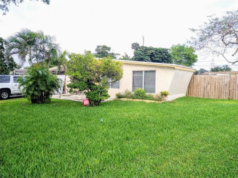Margate 3rd Add 44-48 B for Sale - 1600 E River Dr, Margate 33063, photo 6 of 10