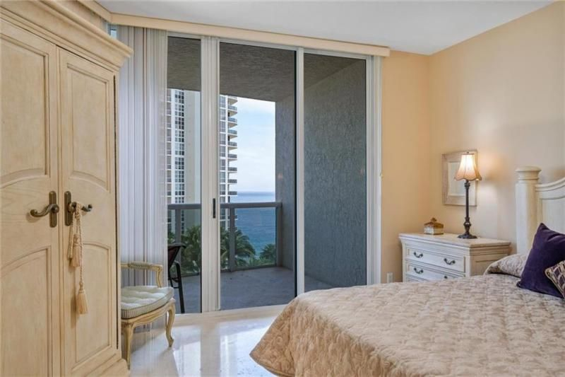 L'Hermitage for Sale - 3100 N Ocean Blvd, Unit 1003, Fort Lauderdale 33308, photo 21 of 38