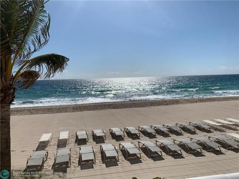 Playa Del Mar for Sale - 3900 Galt Ocean Dr, Unit 2716, Fort Lauderdale 33308, photo 3 of 23