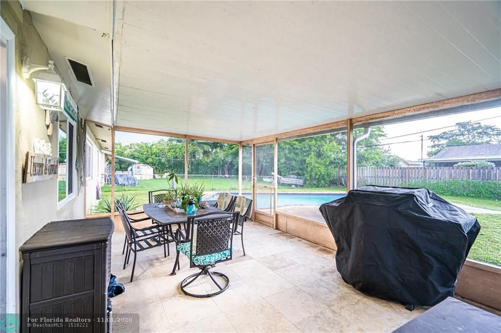 Hillsboro Pines Sec A 42- for Sale - 5511 NW 76th Pl, Coconut Creek 33073, photo 25 of 29