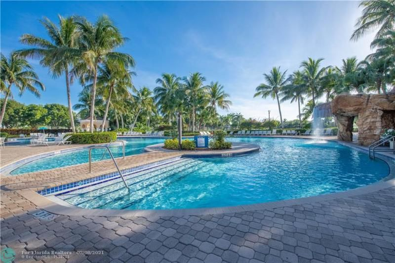 Riviera Isles for Sale - 5071 SW 170th Ave, Miramar 33027, photo 39 of 45