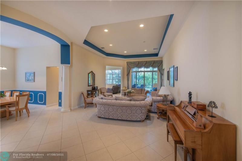 Riviera Isles for Sale - 5071 SW 170th Ave, Miramar 33027, photo 4 of 45