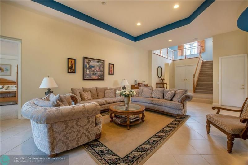 Riviera Isles for Sale - 5071 SW 170th Ave, Miramar 33027, photo 5 of 45