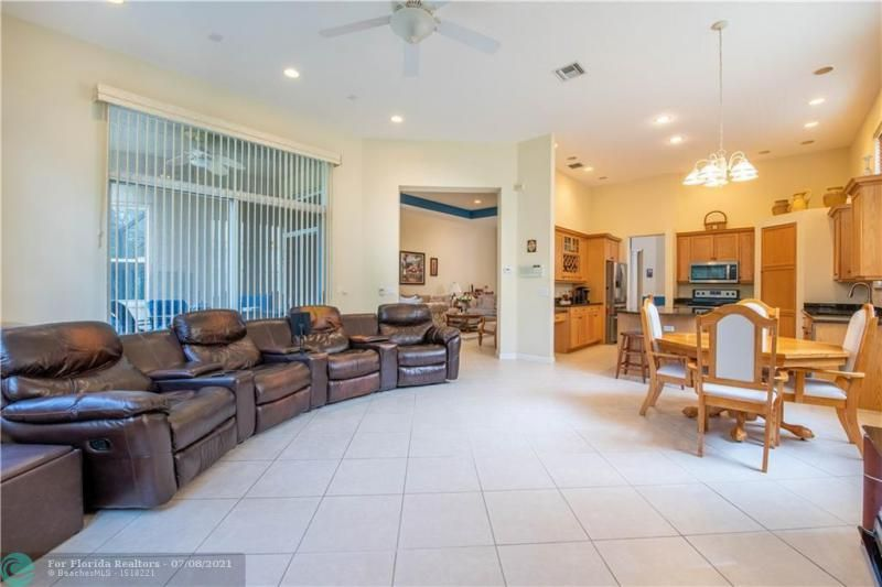 Riviera Isles for Sale - 5071 SW 170th Ave, Miramar 33027, photo 7 of 45