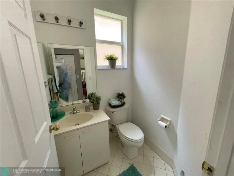 Riviera Isles for Sale - 4842 SW 155th Ter, Miramar 33027, photo 12 of 22