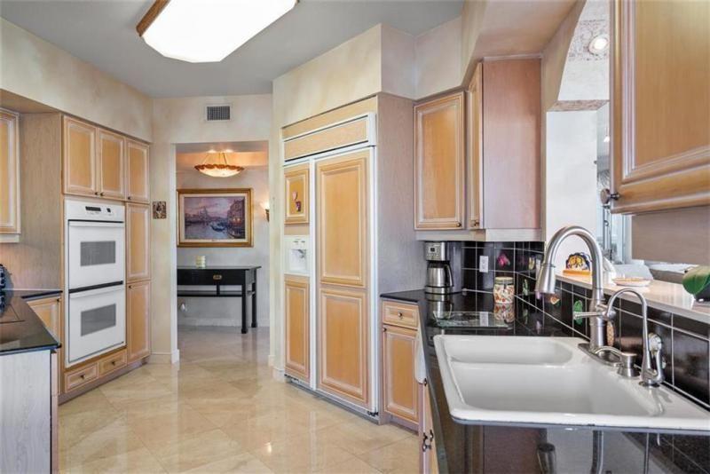 L'Hermitage for Sale - 3100 N Ocean Blvd, Unit 2001, Fort Lauderdale 33308, photo 17 of 56
