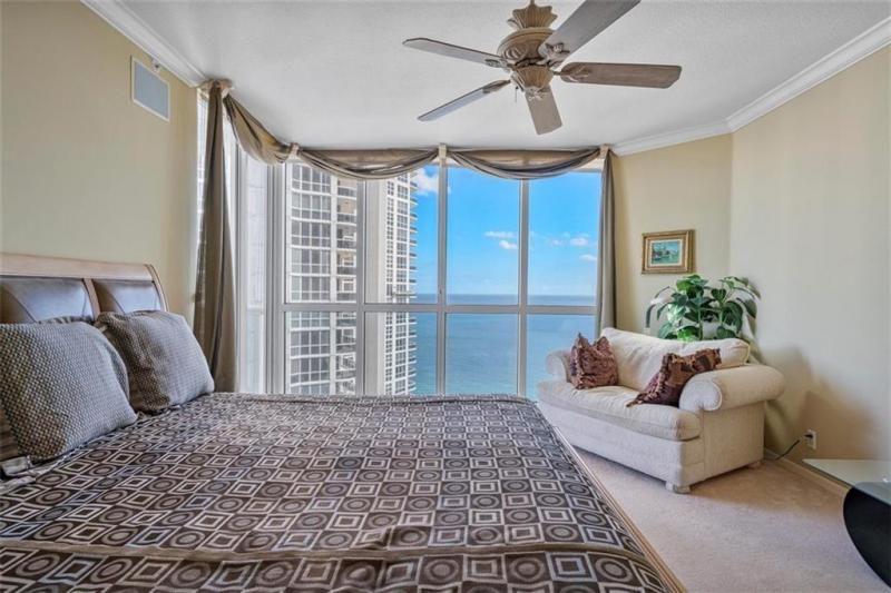 L'Hermitage for Sale - 3100 N Ocean Blvd, Unit 2001, Fort Lauderdale 33308, photo 20 of 56