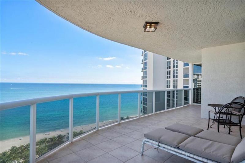 L'Hermitage for Sale - 3100 N Ocean Blvd, Unit 2001, Fort Lauderdale 33308, photo 4 of 56