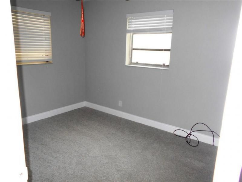 Margate 3rd Add 44-48 B for Sale - 6205 NW 9th Ct, Margate 33063, photo 12 of 16