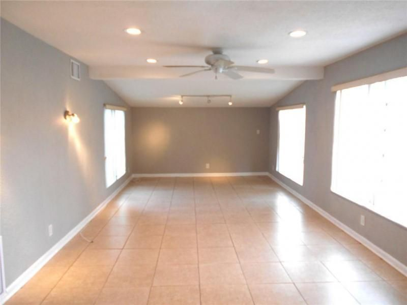 Margate 3rd Add 44-48 B for Sale - 6205 NW 9th Ct, Margate 33063, photo 7 of 16