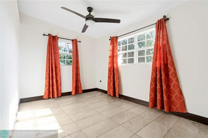 Broward Manor 33-16 B for Sale - 3205 NW 2nd St, Lauderhill 33311, photo 14 of 20