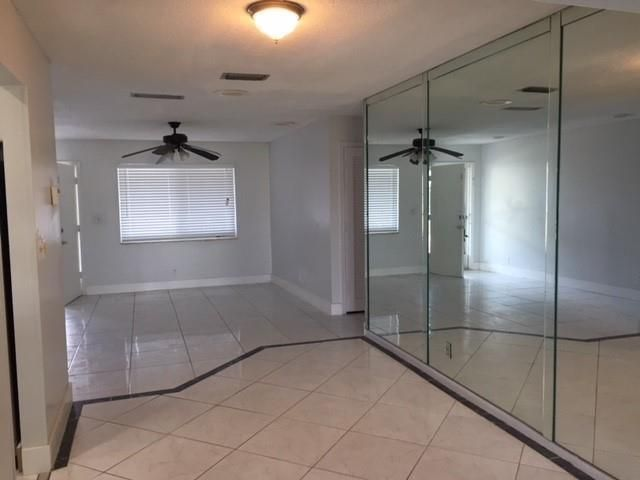 Paradise Gardens Sec 2 69 for Sale - 1635 NW 67th Ave, Margate 33063, photo 9 of 18