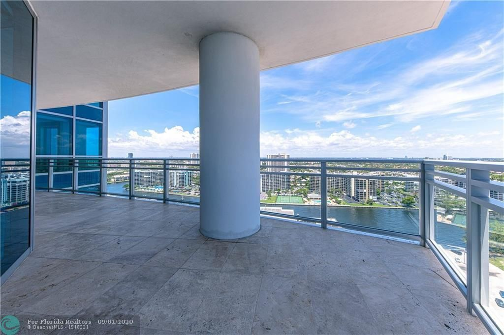 Diplomat Oceanfront Residences for Sale - 3535 S Ocean Dr, Unit 2106, Hollywood 33019, photo 10 of 46