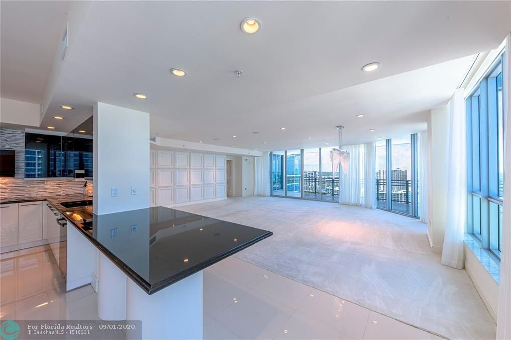 Diplomat Oceanfront Residences for Sale - 3535 S Ocean Dr, Unit 2106, Hollywood 33019, photo 17 of 46