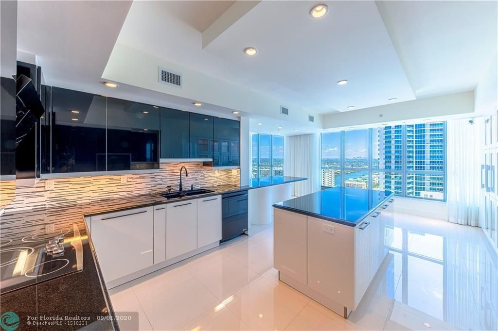 Diplomat Oceanfront Residences for Sale - 3535 S Ocean Dr, Unit 2106, Hollywood 33019, photo 18 of 46