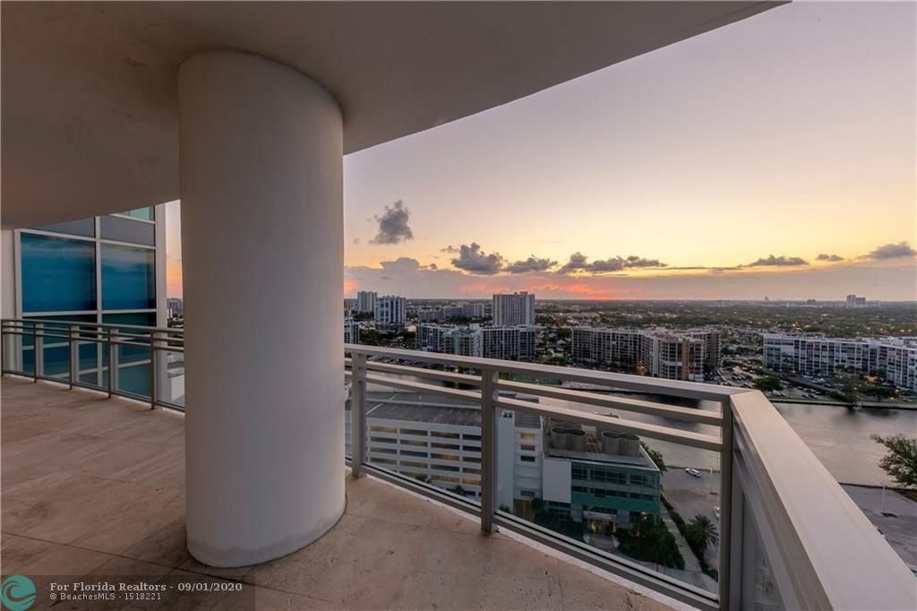 Diplomat Oceanfront Residences for Sale - 3535 S Ocean Dr, Unit 2106, Hollywood 33019, photo 45 of 46