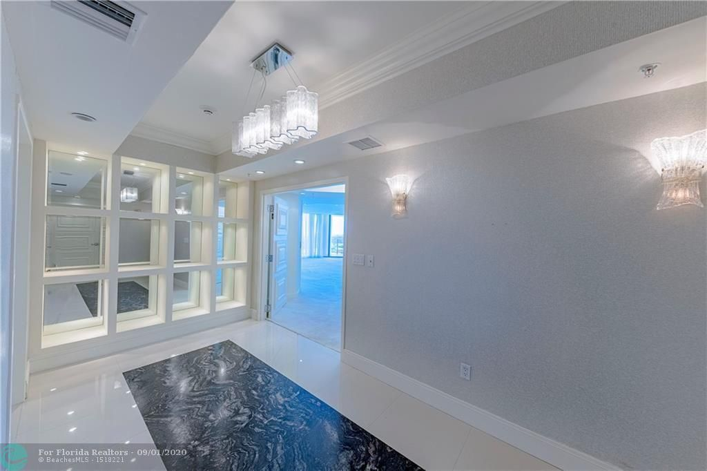 Diplomat Oceanfront Residences for Sale - 3535 S Ocean Dr, Unit 2106, Hollywood 33019, photo 5 of 46