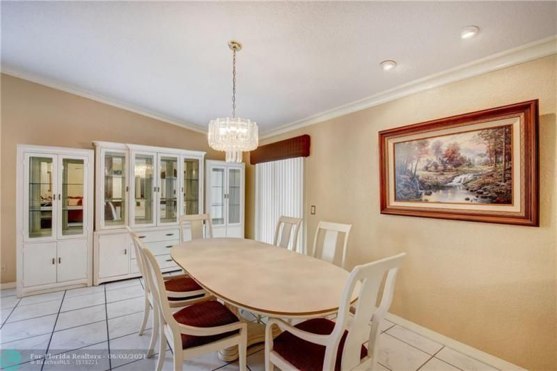 Parkwood V for Sale - 3690 NW 58th St, Coconut Creek 33073, photo 10 of 44
