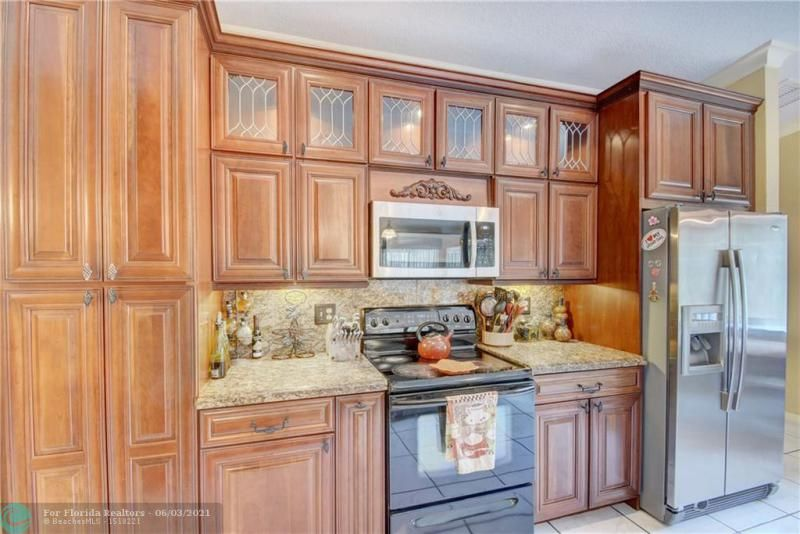 Parkwood V for Sale - 3690 NW 58th St, Coconut Creek 33073, photo 16 of 44