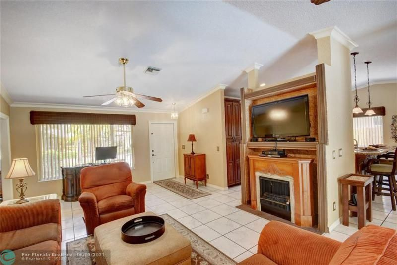 Parkwood V for Sale - 3690 NW 58th St, Coconut Creek 33073, photo 6 of 44