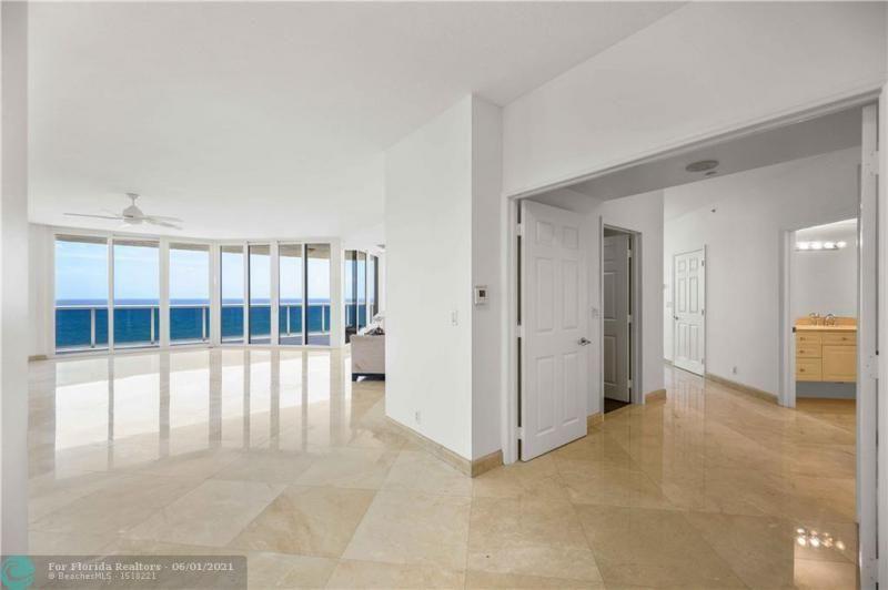 L'Hermitage for Sale - 3100 N Ocean Blvd, Unit 2009, Fort Lauderdale 33308, photo 18 of 35
