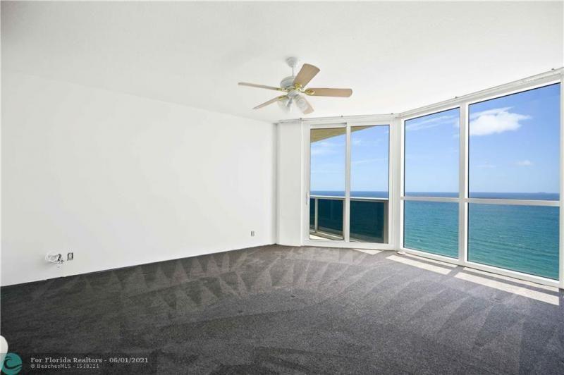 L'Hermitage for Sale - 3100 N Ocean Blvd, Unit 2009, Fort Lauderdale 33308, photo 19 of 35