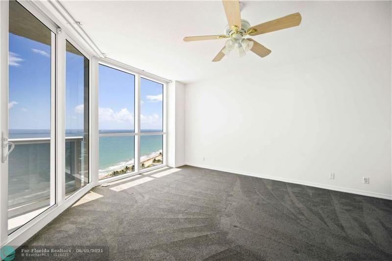 L'Hermitage for Sale - 3100 N Ocean Blvd, Unit 2009, Fort Lauderdale 33308, photo 20 of 35