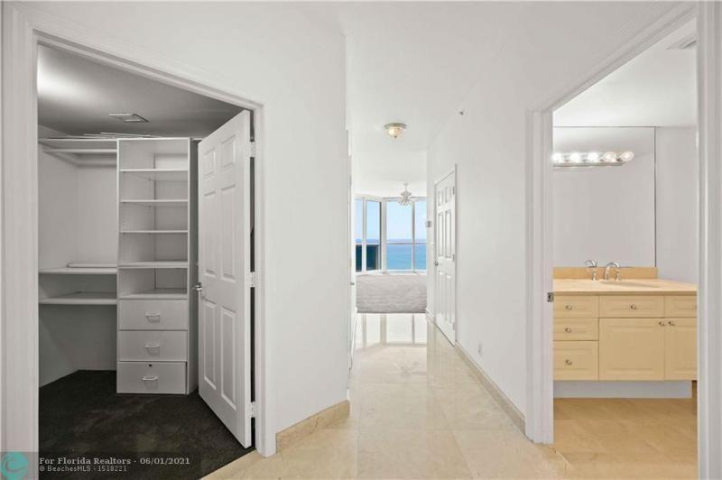 L'Hermitage for Sale - 3100 N Ocean Blvd, Unit 2009, Fort Lauderdale 33308, photo 21 of 35